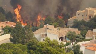 Ισπανία: Εκκενώθηκαν κοινότητες από μεγάλη φωτιά στη Βαλένθια