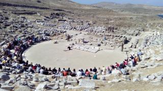 «Εκάβη, μία πρόσφυγας» στο αρχαίο θέατρο της Δήλου (vid)