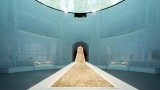 Η έκθεση μόδας Manus X Machina στο Met έκανε (δίκαια) ρεκόρ επισκεψιμότητας