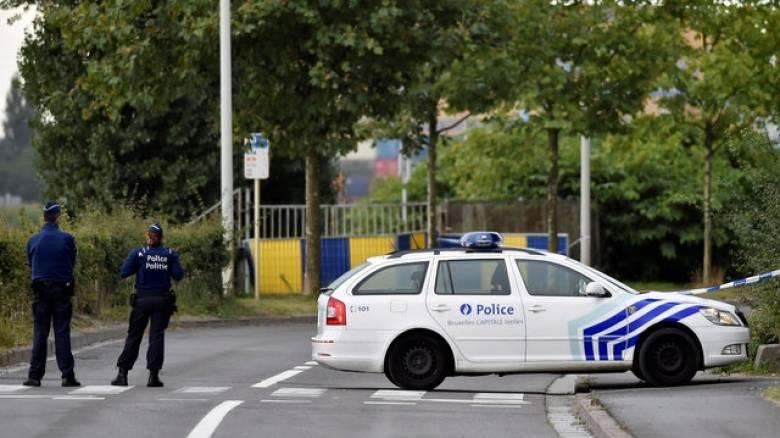 Μόλενμπεκ: Άνδρας επιτέθηκε με μαχαίρι σε δύο αστυνομικούς