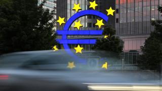 Δόση 2,8 δισ. ευρώ: Οι Ευρωπαίοι δεν βιάζονται, η αγορά στενάζει