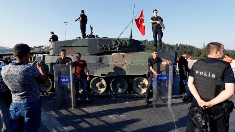 Τουρκία: Φυλακίστηκαν 16 επιχειρηματίες ως ύποπτοι για διασυνδέσεις με τον Γκιουλέν