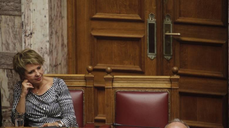 Γεροβασίλη: Ο Μητσοτάκης υπονομεύει τη διαπραγμάτευση