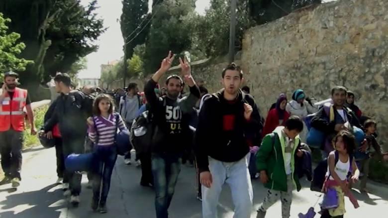 Μουζάλας: Αποσυμφόρηση της Χίου από τους πρόσφυγες