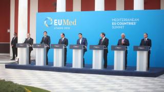 Ολάντ στην Ευρωμεσογειακή Σύνοδο: Να στείλουμε μήνυμα συνοχής