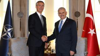 Στόλτενμπεργκ: Το πραξικόπημα στρεφόταν και εναντίον των συμμάχων της Άγκυρας στο ΝΑΤΟ