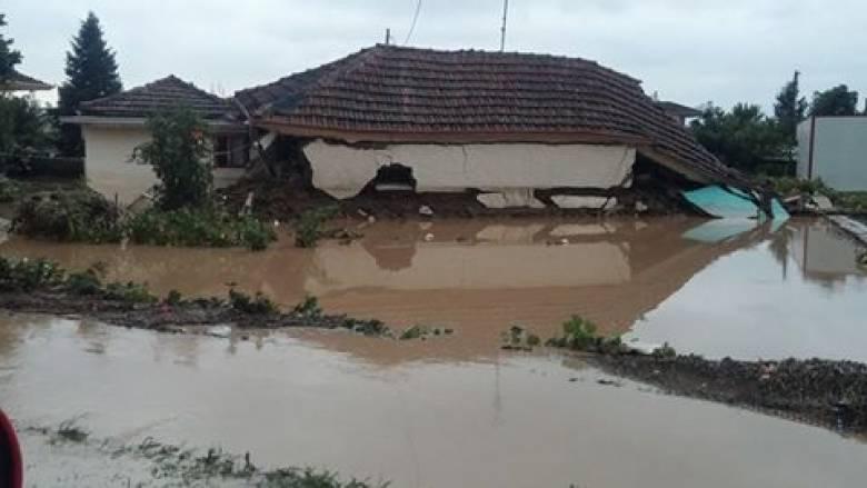Υπερχείλισε ο Πηνειός στα Τρίκαλα - μεγάλες καταστροφές