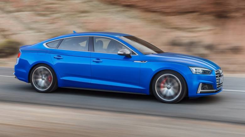 To νέο Audi A5 παρουσιάστηκε και ως 5θυρο Sportback