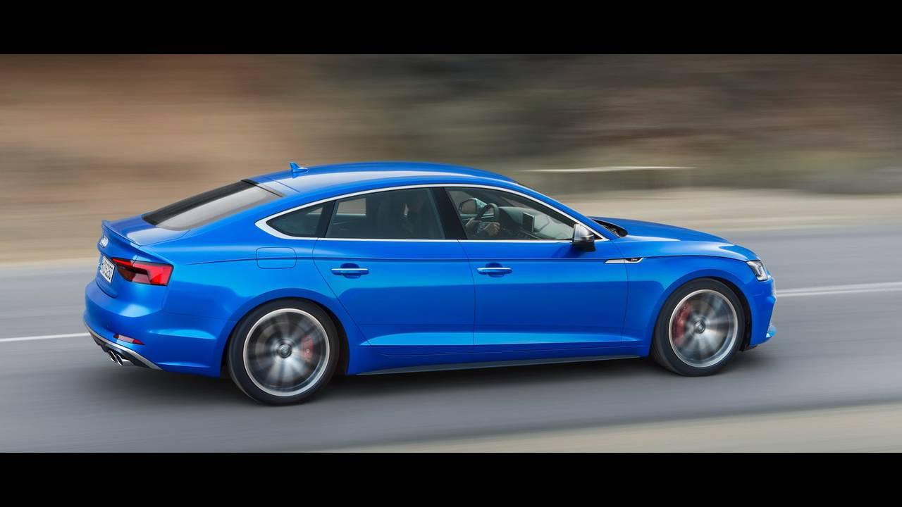 https://cdn.cnngreece.gr/media/news/2016/09/10/45883/photos/snapshot/2017-Audi-S5-Sportback-7.jpeg