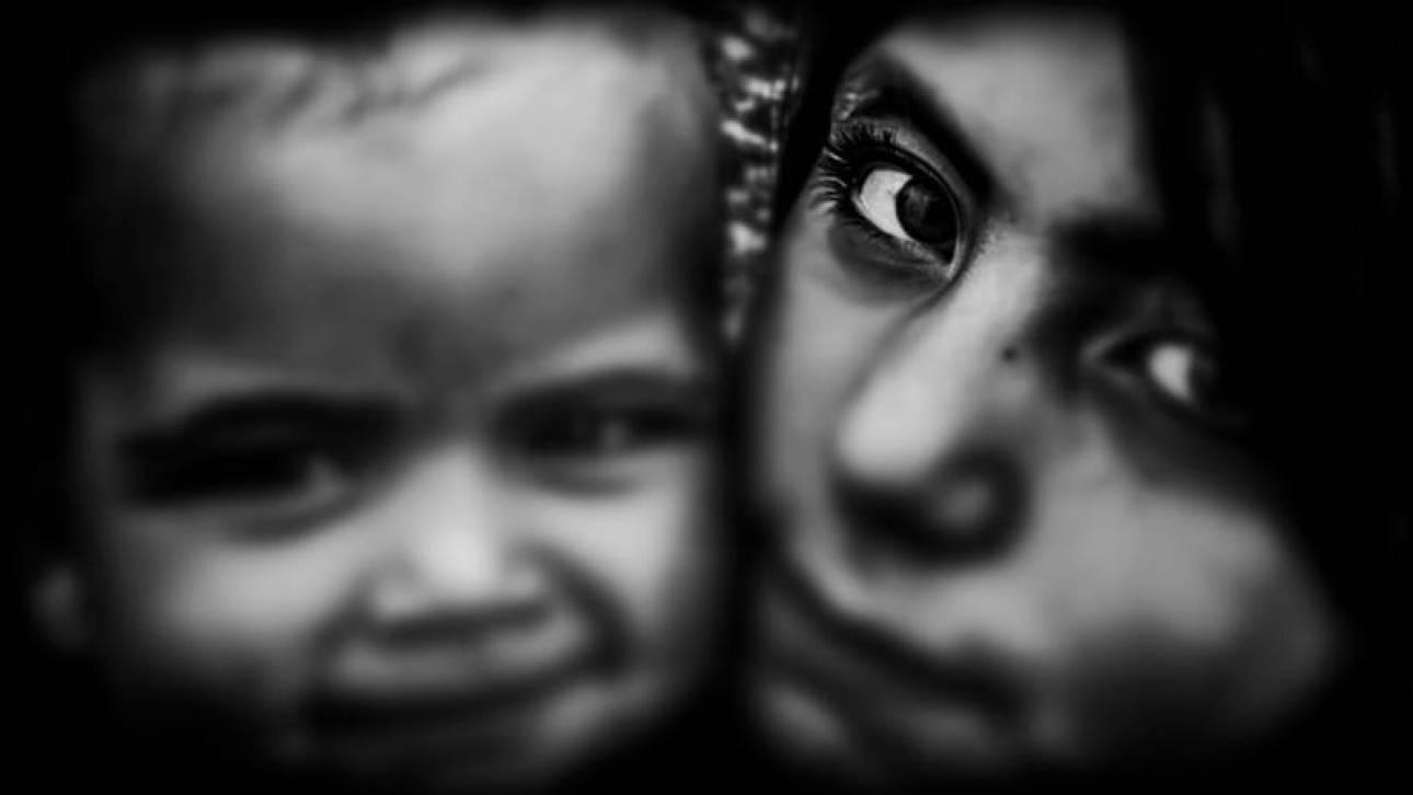 Τα πρόσωπα του Δημήτρη Μεσσήνη μιλάνε με το βλέμμα στο Τελλόγλειο Ίδρυμα