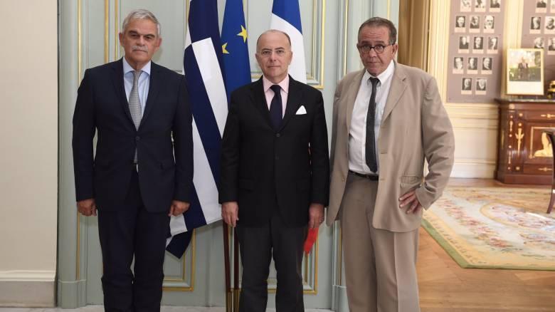 Συνάντηση Γιάννη Μουζάλα και Νίκου Τόσκα με τον Γάλλο υπουργό Εσωτερικών Μπερνάρ Καζνέβ