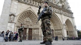 Γαλλία: Κατηγορίες σε βάρος τριών γυναικών που ετοίμαζαν επίθεση στο Παρίσι