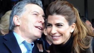 Νέα, όμορφη και επιτυχημένη. Αυτή είναι η σύζυγος του προέδρου της Αργεντινής (pics)