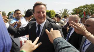 «Βομβαρδίζει» Κάμερον το πόρισμα για τη Λιβύη