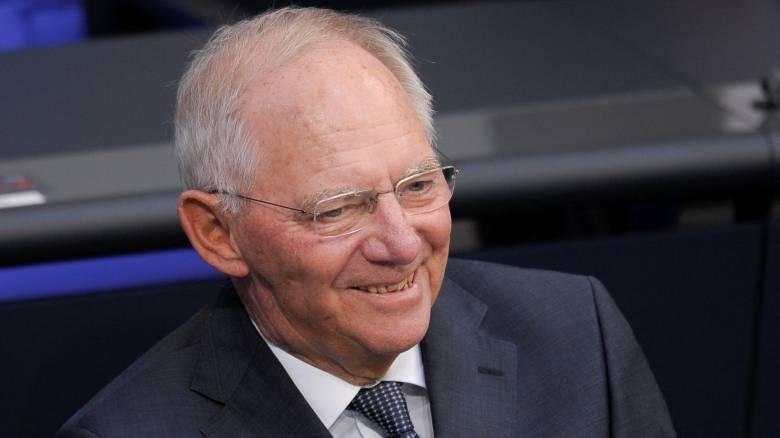 Γερμανία: Δεν εγκαταλείπει την πολιτική ο Σόιμπλε, θα είναι ξανά υποψήφιος