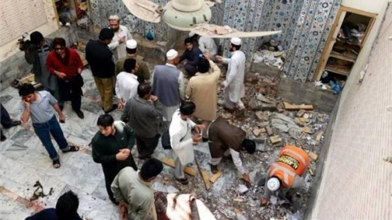 Πακιστάν: Βομβιστική επίθεση σε τέμενος