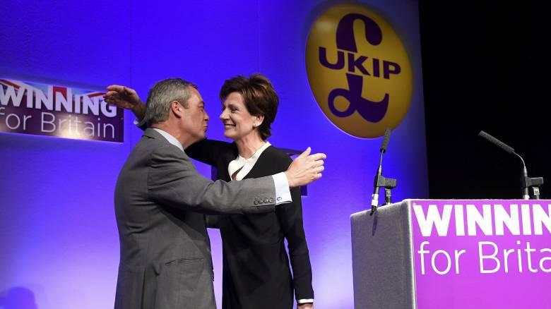 Βρετανία: Εξελέγη νέα ηγέτιδα του UKIP η ευρωβουλευτής Νταϊάν Τζέιμς