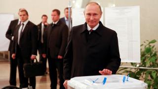 Ρωσία: Θρίαμβος για το κόμμα του Βλαντιμίρ Πούτιν στις βουλευτικές εκλογές με 44,5%