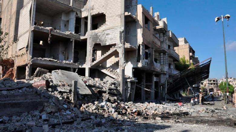 Συρία: Μετακίνηση κατοίκων από τη Χομς συνιστά παραβίαση της εκεχειρίας, προειδοποιούν οι αντάρτες