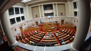 Σφοδρή επίθεση στην κυβέρνηση για την υπόθεση Καλογρίτσα από την αντιπολίτευση