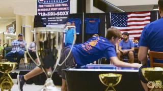 Ο νέος πρωταθλητής του δημοφιλούς παιχνιδιού Air Hockey