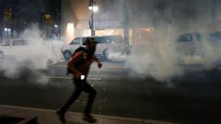 Εκτός ελέγχου το Σάρλοτ: Οργή και ολονύκτιες ταραχές κατά της αστυνομικής αυθαιρεσίας