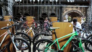 Χειροποίητα ποδήλατα, φιγούρες και ηλιακή ενέργεια στο Γκάζι