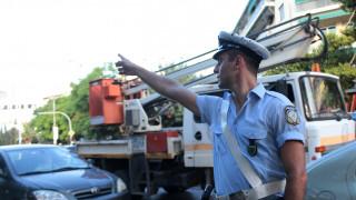 Ελεύθερος ο 22χρονος που ξυλοκόπησε τον διοικητή της Τροχαίας