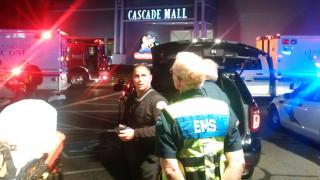ΗΠΑ: Τέσσερις νεκροί από πυροβολισμούς σε εμπορικό κέντρο-Ο δράστης διαφεύγει (pics&vid)