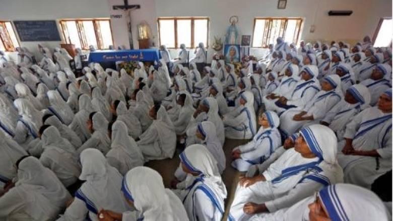 Η φωτογραφία με τις καλόγριες που έγινε viral