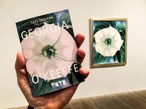 """""""Μία από τις ελάχιστες επισκέψεις μου εκτός LFW που άξιζε πραγματικά. Η έκθεση της Τζόρτζια Ο'Κιφ στην Tate Modern."""