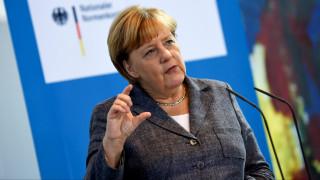 Σχέδιο Μέρκελ για μετεγκατάσταση 500 προσφύγων το μήνα από Ελλάδα - Ιταλία στη Γερμανία