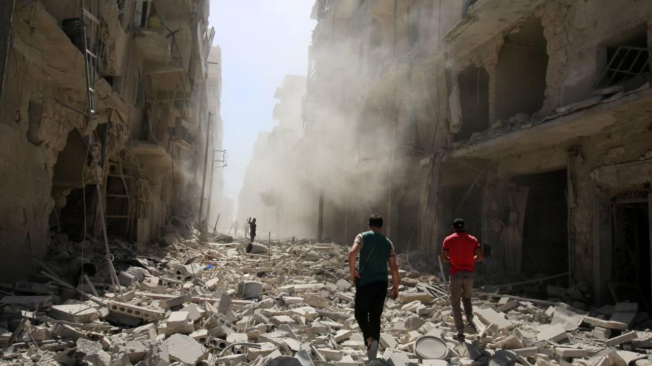 Συρία: Φονικές αεροπορικές επιδρομές στο Χαλέπι, διπλωματικός «πόλεμος» στον ΟΗΕ