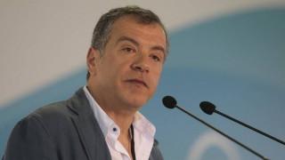 Τηλεοπτικές άδειες: Αναζητούν επειγόντως τον νέο Καλογρίτσα, λέει ο Στ. Θεοδωράκης