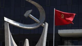 Το ΚΚΕ για τις τηλεοπτικές άδειες: «Άνθρακες ο θησαυρός» της κυβέρνησης