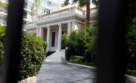 Αποχώρηση Καλογρίτσα:  ανακούφιση στην κυβέρνηση