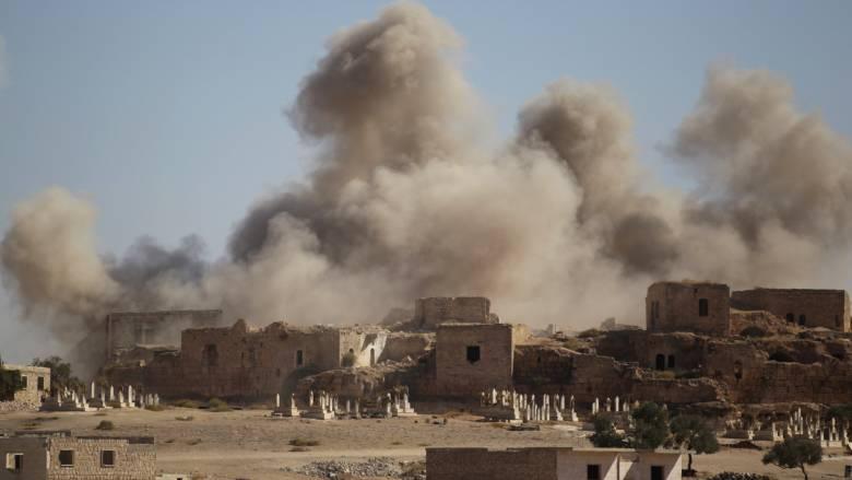 Συρία: Νέοι αεροπορικοί βομβαρδισμοί πλήττουν το Χαλέπι