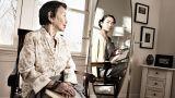 Αντικατοπτρισμοί στο παρελθόν: Κοιτάζοντας στον καθρέφτη το νεότερο εαυτό μας