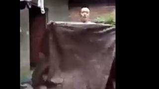 Ερασιτέχνης μάγος επιχειρεί να «εξαφανιστεί» και... τρώει πόρτα (vid)