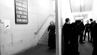 «Είναι αρρωστημένο»: Η Adele σχολιάζει την εμμονή μας με το διαζύγιο των Τζολί-Πιτ