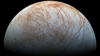 Αποδείξεις ότι υπάρχει νερό στην Ευρώπη, ένα από τα φεγγάρια του Δία