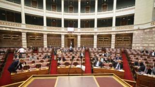 Στην Ολομέλεια της Βουλής τα προαπαιτούμενα για την αξιολόγηση