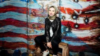 Noor Tagouri: η πρώτη Μουσουλμάνα στις σελίδες του Playboy φοράει μαντίλα