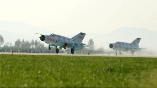 Επίδειξη αεροπορικής ισχύος από τη Βόρεια Κορέα