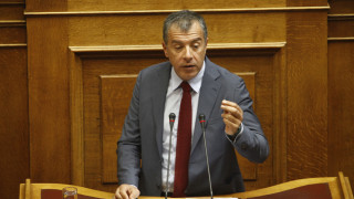 Στ. Θεοδωράκης: Να ανοίξει η συζήτηση για το διαχωρισμό Κράτους-Εκκλησίας