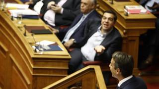 Νέο κοινοβουλευτικό ραντεβού Τσίπρα–Μητσοτάκη για τη διαπλοκή