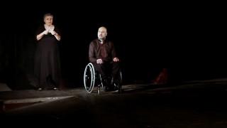 Επαγγελματικό θέατρο από άτομα με αναπηρία