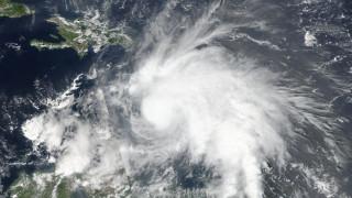 Ακόμα πιο επικίνδυνος ο τυφώνας Μάθιου