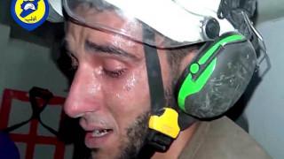 Χαλέπι: Η διάσωση ενός βρέφους και το σπαρακτικό ξέσπασμα του σωτήρα του