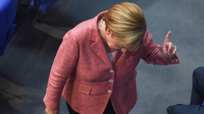 Αντιπαθής και χωρίς σύμμαχο πια στην Ευρώπη η Μέρκελ